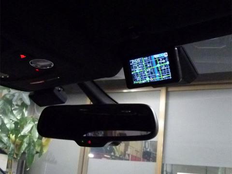 AUDI A5スポーツバック バックカメラ&ユピテルZF935レーダー取付
