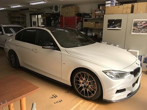 BMW(F30) オーディソン Plima AP4.9 bit、カーボンラッピング、ステアリング張替